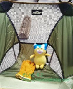 ノラネコぐんだんとキャンプ椅子